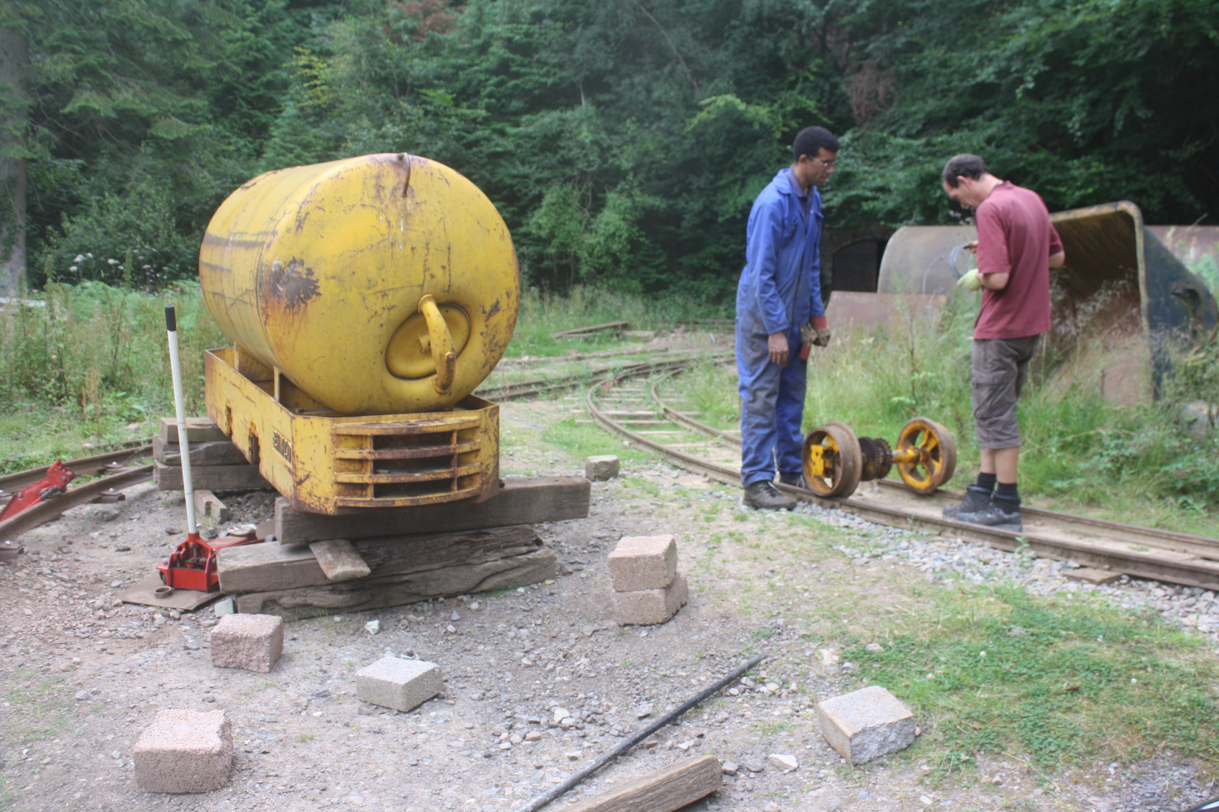 Eimco wheelset on the rails